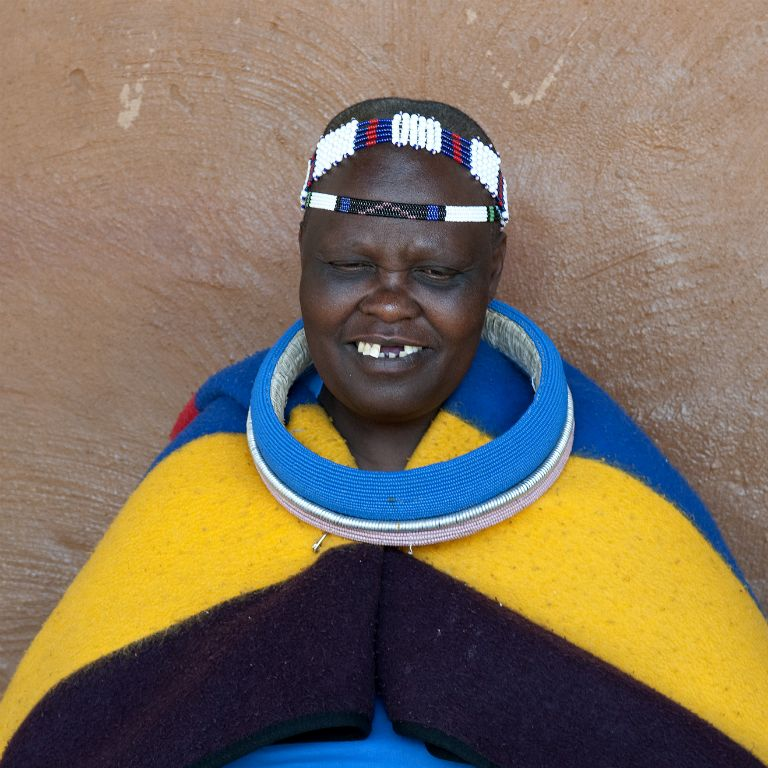 Lesedi Cultural Village, ndebele woman